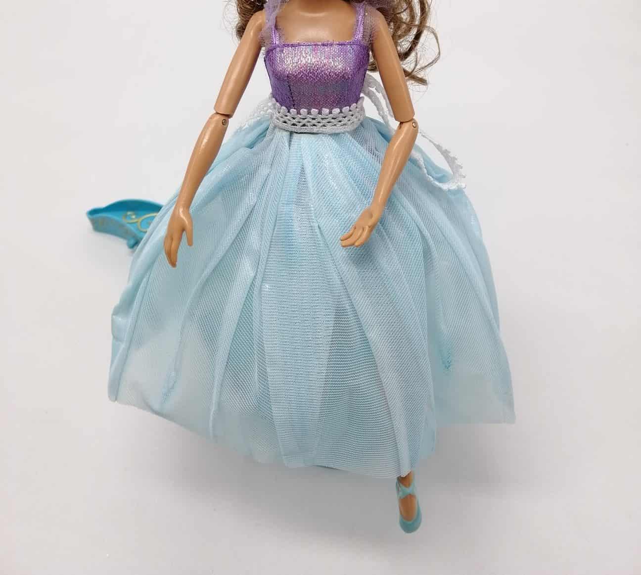 Sukně na Barbie